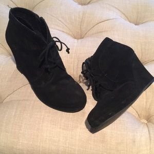 Dolce Vita Black Suede Wedges